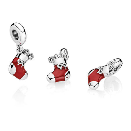 0b4bd2536 PANDORA Holiday Gift Sets & New Christmas Charms — The Diamond ...