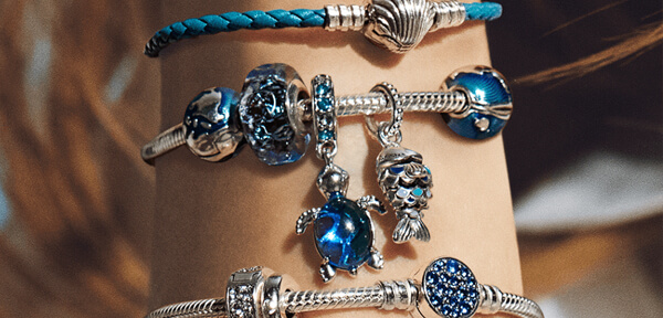 Pandora Jewelry Store in Madison & Janesville, WI   The Diamond Center